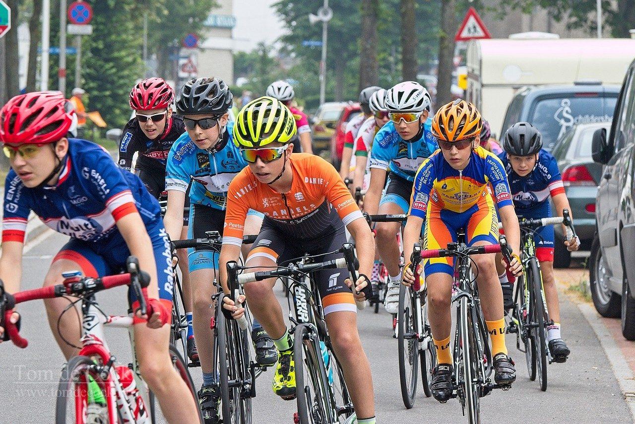 jeugd jeugdronde wielrennen heksenberg