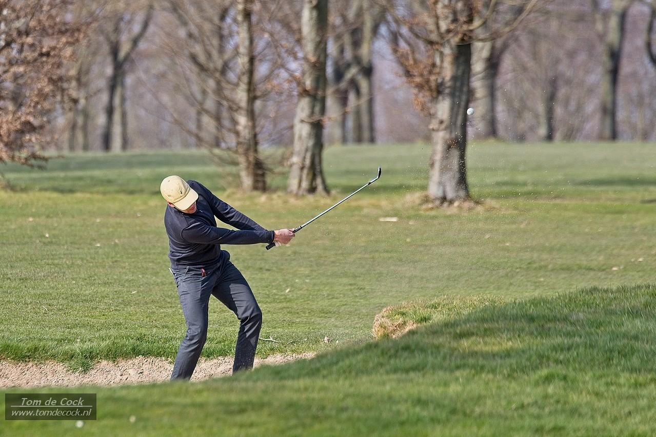 Golfen op de golfbaan in Voerendaal.